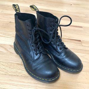 Dr Martens 1460 Pascal Black Leather Combat Boot